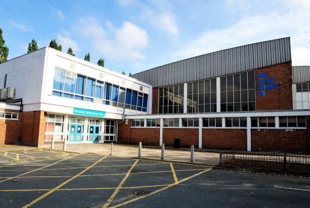 Grimsby swimming pool grimsby lincolnshire for Horncastle swimming pool opening times