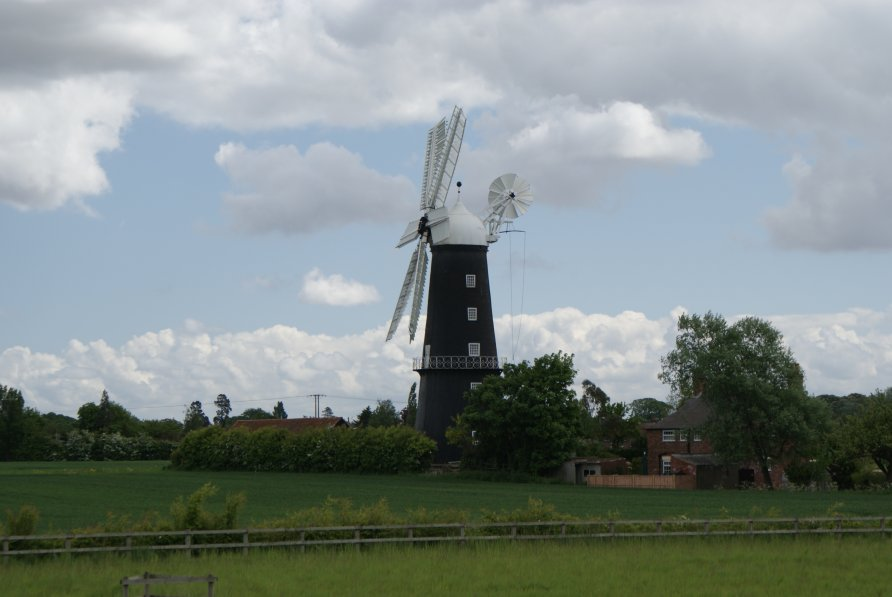 The Outdoors Trader >> Sibsey Trader Windmill, Sibsey, Lincolnshire