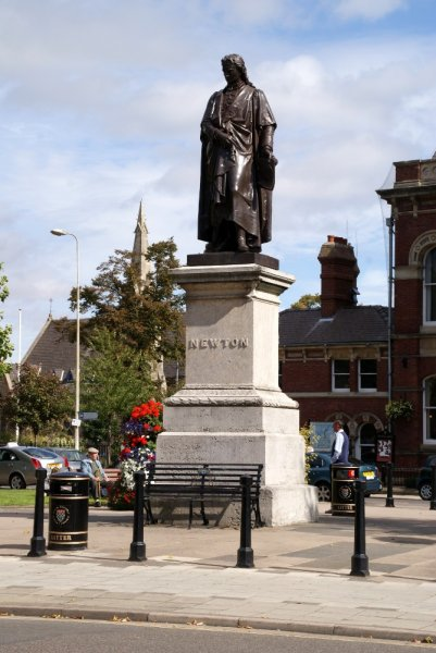 Hotels In Boston >> Sir Isaac Newton Statue, Grantham, Lincolnshire