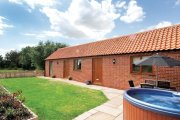 Roosters Cottage, Hogsthorpe, Lincolnshire
